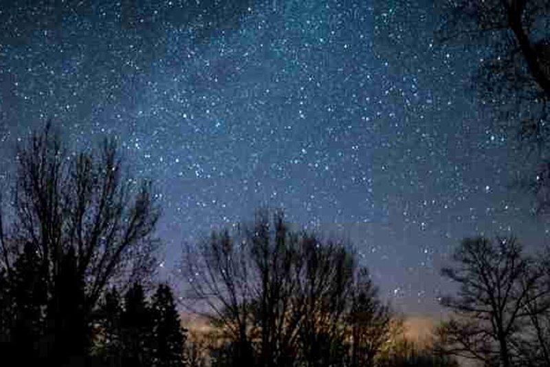 stars in night sky cropped 1