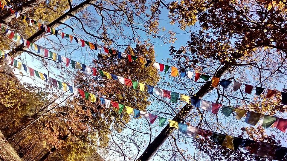 Prayer Flags Fall at SR
